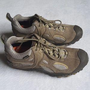 Merrel hiking boots tan and green gore-tex